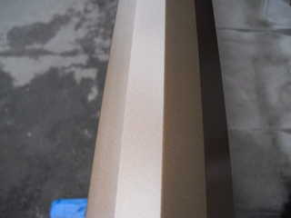 窓枠のキズ補修